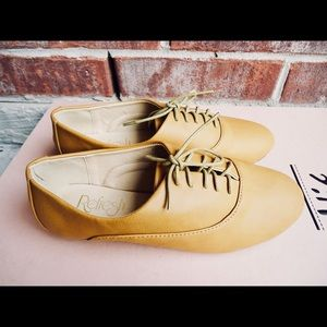 Shoes - Mustard Round Toe Lace Up Oxford Flats Shoes